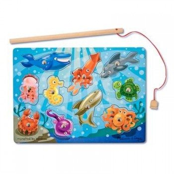 Melissa & Doug Deluxe 10-Piece Magnetic Fishing Game Deal